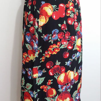 Fruit skirt, M, L, black floral skirt, black skirt, fall skirt, peaches skirt, grapes skirt, apple skirt, black skirt