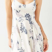 Preppy Crepe Floral Day Dress - OASAP.com