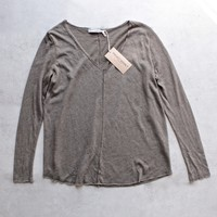 project social t - maria longsleeve v neck seamed sweatshirt - army green