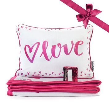 LOVE Pillow & Velvet Blanket Set