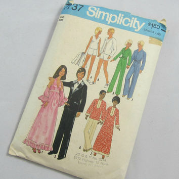 Doll Clothes 70s Sewing Pattern for Barbie , Dusty , Skye , Ken , Curtis , GI Joe Complete Uncut
