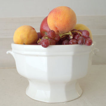 Footed Pfaltzgraff Heritage Terrine without lid,  White Ceramic Footed Fruit Bowl, Large Pottery Serving Bowl
