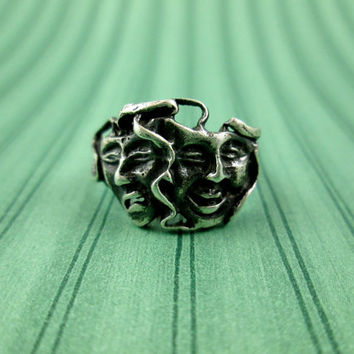 Vintage Theater Faces Comedy Tragedy Happy Sad Drama Masks Sterling Silver Ring Sz 6 Heavy Patina Oxidized Can Polish Up Nicely Fun Ring