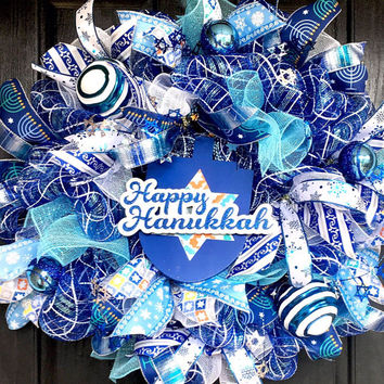 Hanukkah wreath, Hanukkah decoration, Hanukkah  mesh wreath, Hanukkah decor,Hanukkah front door wreath, blue and white wreath
