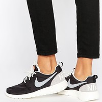 Nike Black Retro Roshe One Trainers