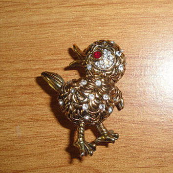 Vintage Sparkly Gold Toned Sparkly Chick Pin Signed Carr