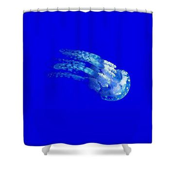 The Glowing Jelly Fish By Adam Asar 6 - Shower Curtain