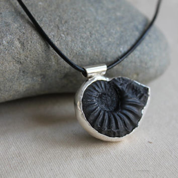 Fossil. Sterling Silver. Ammonite. Black. Bezel set Stone. Leather necklace. Ancient. OOAK. Handmade.