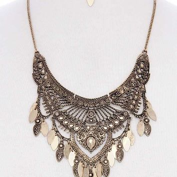 Antique metal pointed oval shape dangle bib statement necklace