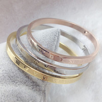 Pulseira Feminina New 4mm Wide Roman Number Love Bangle Titanium Gold Color Cuff Bracelets Bangles Wedding Women Men Bangle