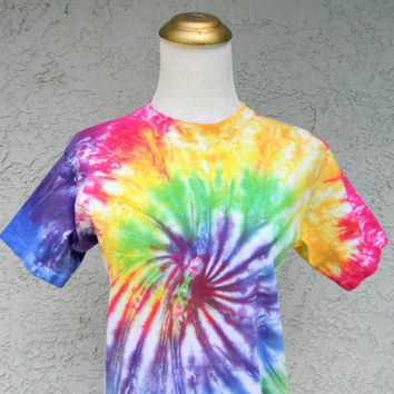 Vintage 90s Tie Dye Rainbow Spiral T-shirt w/ Fluorescent Black Light Party Power - xs / s - Halloween Costume Sale - Hippie Flower Child