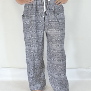 Handmade yoga pants/Black and White stripes color/Hippie Boho Pants/Print design/elastic waist/Comfy and light/fit most/Long pants/Thailand