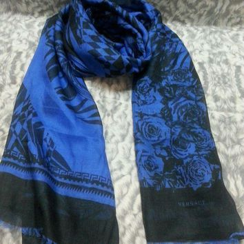 DCCKWA2 New VERSACE women scarf .Made in Italy. 65X200cm. Modal90%+Cashmere10%.