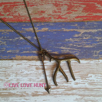 thwack antler and arrow necklace