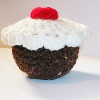 Cat toy, Organic five blend catnip stuffed cupcake