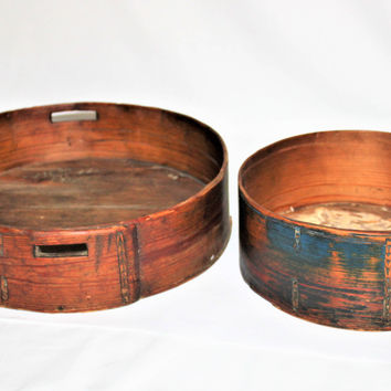 Antique set of Early 1800s Bentwood Round Panty Boxes, All Wood No Nails