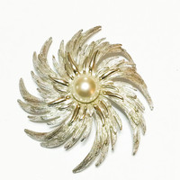 Vintage Sarah Coventry Brooch, Flower, Swirl, Pearl, Textured Silvertone, 1970s, Statement Jewelry