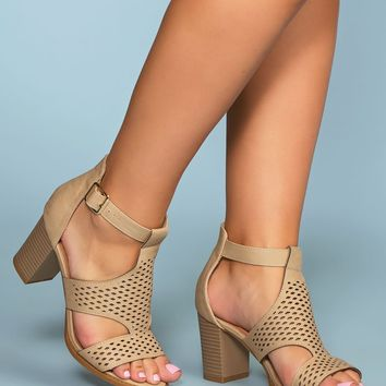 Santa Maria Perforated Heels - Beige