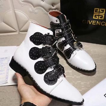 GlVENCHY 2018 autumn and winter flat low heel ankle boots front with rivets female boots F-XIMIN-WMNX white