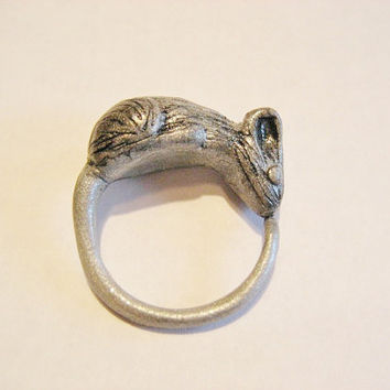 Ratatattat Ring by Artistieke on Etsy