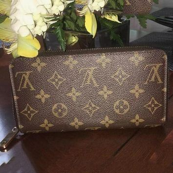 LV Tide brand classic female multi-function small card package long zipper wallet Coffee print