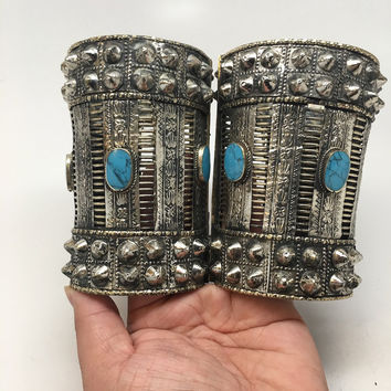 1pc Vintage Afghan Turkmen Tribal Oval Blue Turquoise Inlay Spike cuff bracelet