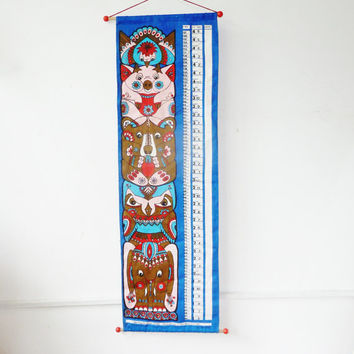 vintage 70s animal totem height chart . childrens bedroom decor . nursery . tapestry . ulster linens . elephant, owl, bear, pig, peacock