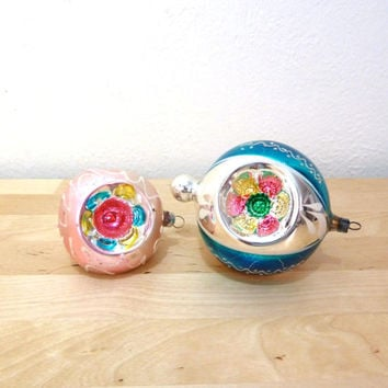 Vintage Glass Ornaments / Indent Ornaments / West Germany / Reflector Ball Ornament / Christmas Ornaments / Hand Painted / 50s Ornaments