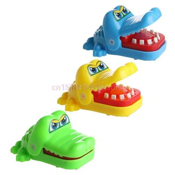 Cute Crocodile Mouth Dentist Bite Finger Game Funny Toy Child Kids Party Favors #H055#