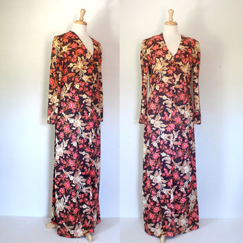 Vintage 70s Maxi Dress / Floral Empire Waist Dress / Hippie Boho Flower Child / Fall Winter Spring / 70s Fashion