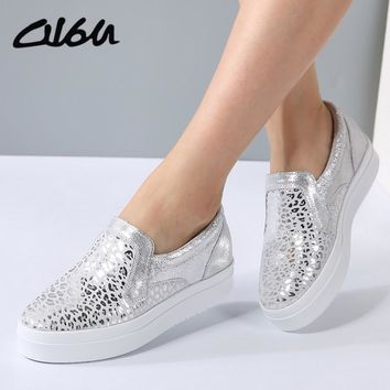 O16U Women Sneakers Platform Flats Loafers Shoes Bling Leopard Leather Slip on Casual White Sole Ladies Shoes silvery Black