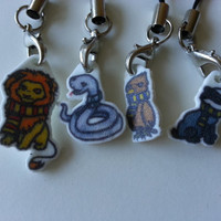 Harry Potter Houses Keychain/Phone Charm! Gryffindor, Slytherin, Ravenclaw and Hufflepuff!