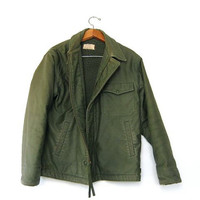 STOREWIDE SALE... vintage Army coat. green military jacket.