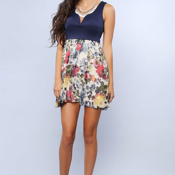 Cleaved Flowery Dress