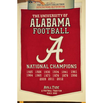 Alabama Crimson Tide NCAA Dynasty Banner (24x36)