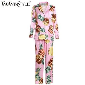 DCCKU62 TWOTWINSTYLE 2017 Adult Pajamas Women Onesuit Nightie Home Clothes Homewear Pineapple Printed Homesuit Sleepwear Costumes Fashion