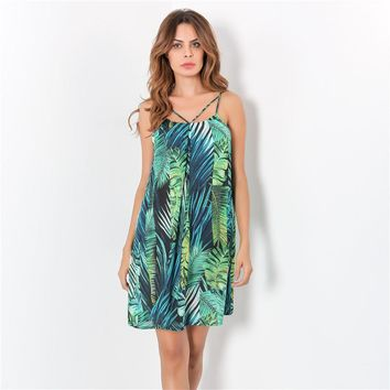2017 new autumn dress woman fresh and natural printed halter dress free loose sleeveless dress women sexy green dress