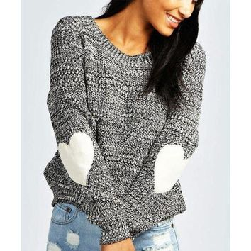 DCCKJH2 Fashion Heart Patch Round Neck Knitted Sweater