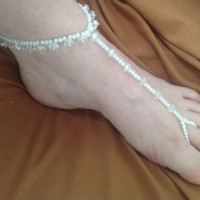 Stretchy Sexy faceted CRYSTALS & white faux pearl foot jewelry perfect for beach wedding or just barefoot sandals. Gypsy boho belly dance et
