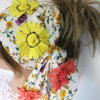 Daisy headband, Hippie headband, Wide headband, Silk headband, Flower headband, Boho headband, Flowered scarf, Unique headband, Flower head