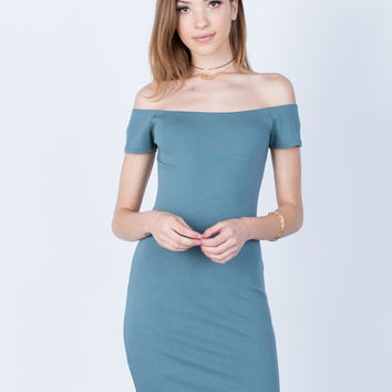 Versatile Off-the-Shoulder Dress