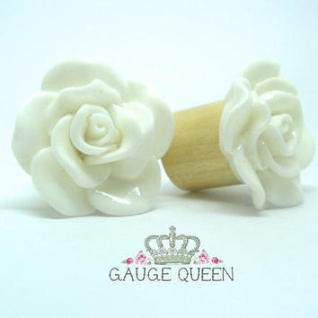 "White Rose Plugs / Gauges. 6g / 4mm, 4g / 5mm, 2g / 6.5mm, 0g / 8mm, 00g / 10mm, 1/2"" / 12mm, 9/16"" / 14mm by Gauge Queen on Etsy"