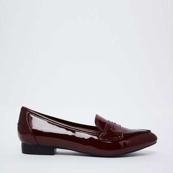 London Rebel Patent Flat Pointed Shoes
