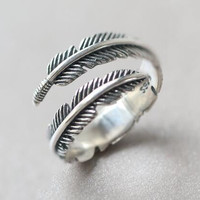Womens Retro Feather Ring Adjustable + Gift Box