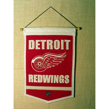 Detroit Red Wings NHL Traditions Banner (12x18)