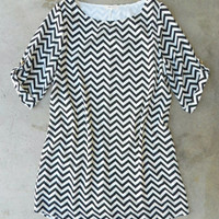 The Chic Everly Zig Zag Shift Dress [4021] - $52.00 : Vintage Inspired Clothing & Affordable Summer Frocks, deloom | Modern. Vintage. Crafted.