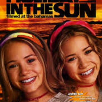 Holiday in the Sun Movie Poster 27x40 Used Wendy Schaal, Billy Aaron Brown, Mary-Kate Olsen, Gordon Mills, Ben Easter, Megan Fox, Ashley Olsen, Austin Nichols, Sterling Rice, Markus Flanagan, Jody Bradley, Jamie Rose, Jeff Altman, Eric Davis