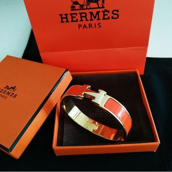 "HERMES Classic Enamel Bangle 18K Yellow Gold ""Clic Clac - H"" Bracelet Orange PM"