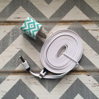 New Super Cute Turquoise & White Chevron Designed USB Wall Connector + 10ft Flat White iPhone iPhone 5/5s/5c Cable Cord