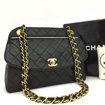 Chanel Black Lambskin Classic Flap Cross Body Bag 5449 (Authentic Pre-owned)